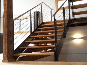 Holztreppe Modern