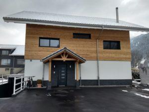 Einfamilienhaus schöne Holzfassade