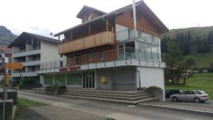 Balkone Holz und Stahl