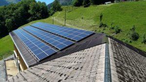 Stalldach mit Photovoltaik