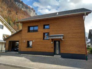 Einfamilienhaus mit Holzfassade