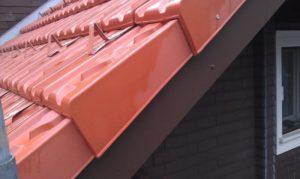 Dachabschluss mit Ziegel